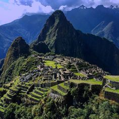 """Pascaline @cornalinangel Instagram photos   Machu Picchu view from the """"Sun gate"""" / arrival of the inca trail"""