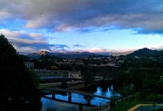 Boa noiite :D Pôr do Sol visto em sentido inverso no Jardim dos Centenários Arcos de.