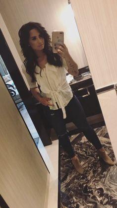 Demi Lovato look
