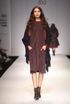 #AIFW #AW15 #AIFWAW15 #IndianFashion #Eka #White #Country #Kurta #Plazzo #Sari #Socks #Wool #Scarves #Parisian #OldWorld #Grey