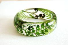 Green Bracelet.Fern Bracelet. Moss. Clear Resin Bangle. Eco Friendly Jewelry.Fern jewelry. Botanical jewelry. Forest inspired jewelry