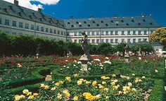 Neue Residenz Bamberg mit Rosengarten