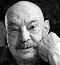 José Hierro. Premio Príncipe de Asturias 1981. Premio Nacional de Poesía 1953, 1999. http://galefod.blogspot.com.es/2013/02/jose-hierro.html