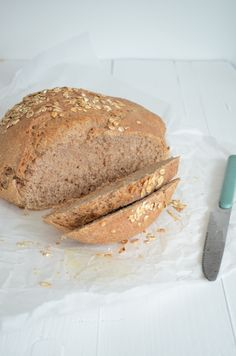 Spelled bread is hip and happening! But not every bakery or supermarket sells it. But after today you no longer need a baker what you can easily make . Spelt Bread, Bread Cake, Spelt Flour, Flour Recipes, Bread Recipes, Baking Recipes, Cooking Bread, Bread Baking, Cake Recept
