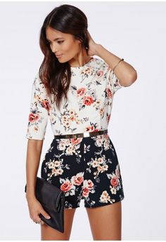 Missguided - Maggy Crepe Contrast Floral Romper Multi