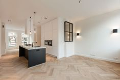 Anna van den Vondelstraat - Lilly is Love Living Room Flooring, Bedroom Flooring, Modern Kitchen Design, Interior Design Kitchen, Küchen Design, House Design, Luxury Interior Design, Home And Living, Home Kitchens