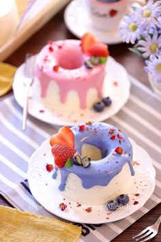 Decoration Patisserie, Dessert Decoration, Cupcake Recipes, Dessert Recipes, Cute Baking, Fancy Desserts, Chiffon Cake, Cafe Food, Dessert Drinks