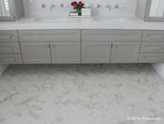 My Hamptons Style Bathroom: Gallerie B