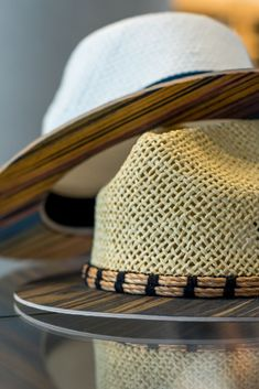 Looking for something you don't see every day to buy as a present for your beloved ones? A hat with wooden details! Handmade Accessories, Natural Wood, Panama Hat, Cowboy Hats, Vintage Fashion, Detail, Stuff To Buy, Inspiration, Style