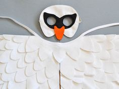 White swan costume for kids. Swan costume for toddlers and young kids. Kids white swan mask and wing cape for Halloween or Carnival. Dwarf Costume, Dino Costume, Tiger Costume, Rabbit Costume, Dragon Costume, Toddler Costumes, Boy Costumes, Carnival Costumes, Halloween Town
