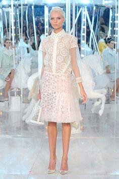 Looks para bodas civiles - Vestido con chaqueta de Hermès
