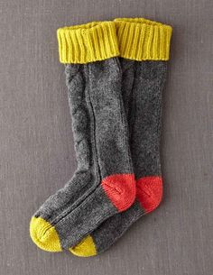 I've spotted this @BodenClothing Xmas Gift Socks Wool socks! These look cosy! I like the gray with pink accents the best