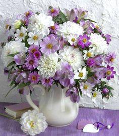 ✔️ 60 Best Choices Flower Arrangements Ideas That Catch The Eye 6 Rare Flowers, Exotic Flowers, Cut Flowers, Silk Flowers, Spring Flowers, Beautiful Flowers, Ikebana, Deco Floral, Arte Floral