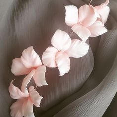 Reverieee shared a new photo on Etsy Bridal Hair Flowers, Flower Headpiece, Silk Flowers, Wedding Dress Accessories, Wedding Dresses, Dusty Pink, Trending Outfits, Unique Jewelry, Handmade Gifts