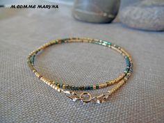 Bracelet minimaliste en perles Miyuki delicas Doré et vert Plaqué Or Minimalisme Bohochic Bohemian Bohostyle : Bracelet par m-comme-maryna
