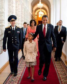 President Obama President Barack Obama leads his daughter Sasha through the…