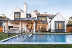 Residential Architecture, Days Out, Exterior Paint, Building Design, Outdoor Spaces, Mansions, House Styles, Instagram Posts, Home Decor