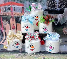 Items similar to Snowman toilet paper. on Etsy Elf Christmas Decorations, Christmas Crafts For Adults, Christmas Gifts To Make, Cheap Christmas, Simple Christmas, Holiday Crafts, Etsy Christmas, Easy Homemade Christmas Gifts, Spring Crafts