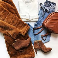 Šaty a ty ( Riding Boots, Photo And Video, Outfit, Videos, Photos, Instagram, Fashion, Horse Riding Boots, Outfits