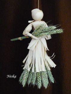 Sea Crafts, Nature Crafts, Diy Arts And Crafts, Hobbies And Crafts, Paper Crafts, Corn Husk Crafts, Corn Dolly, Lavender Crafts, Garden Workshops