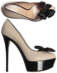 cassadei nude and black bow pump