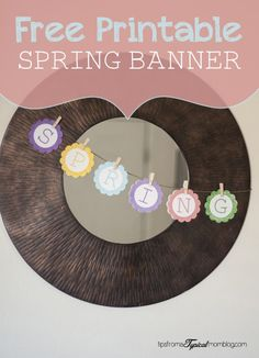 Free Printable Spring Banner Bunting from Pretty Providence and Tips From a Typical Mom. So fun and adds the perfect whimsy to your home decor! Valentine's Day Printables, Easter Printables, Crafts To Do, Paper Crafts, Blogging, Spring Banner, Easter Banner, Banner Letters, Easter Traditions