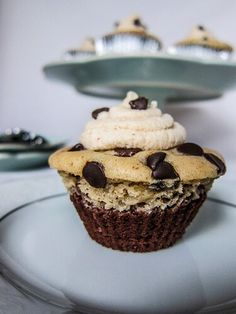 My Mom made black bottom cupcakes when I was little and they were always one of my. Best Vegetarian Recipes, Raw Vegan Recipes, Vegan Desserts, Vegan Food, Healthy Food, Delicious Chocolate, Vegan Chocolate, Chocolate Recipes, Black Bottom Cupcakes