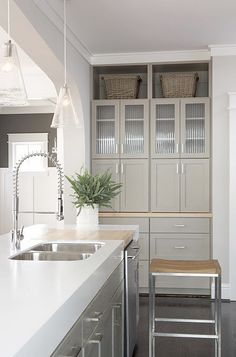 Kitchen Cabinets. I just want everything to be clean and put away, this is lovely