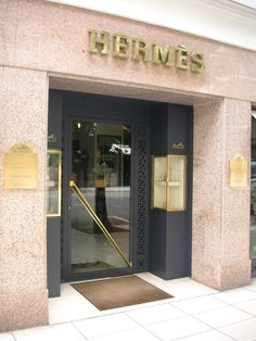 #Hermes Storefront   www.frenchriviera.com