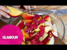 How to make a healthy drunk fruit salad with health coach Arielle Haspel. Heart Healthy Desserts, Healthy Recipes, Alcohol Infused Fruit, Lime Pie Recipe, Pinch Recipe, Fruit Salad Recipes, Summer Treats, Summer Drinks, Soup And Salad