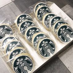 """Starbucks logo cookies great for party favors!  Lead time: 3-5 days. Shipping: We ship our cookies USPS Priority Mail and ensure each one is packaged individually in a cellophane bag.  Size: Approximately 3.5""""  Amount: 1 Dozen  All of our cookies are handcrafted and may vary slightly from Starbucks Cake Pops, Starbucks Cookies, Starbucks Pumpkin Spice, Starbucks Caramel, Starbucks Logo, Starbucks Coffee, Babycakes Cake Pop Maker, Starbucks Birthday Party, Sleepover Birthday Parties"""