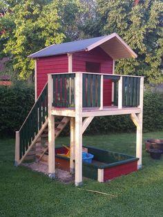 Spielturm mit Treppe Bauanleitung zum selber bauen