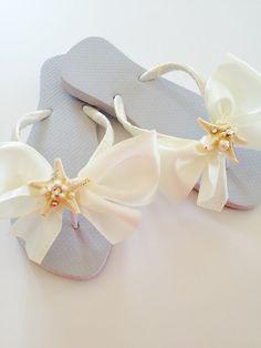 a9600155d Bridal Flip Flops.Wedding Flip flops.Beach Wedding. Shoes Bridesmaid Flip  Flops. Bridal Shoes. Reception Flip Flops .Bridal Shower gifts