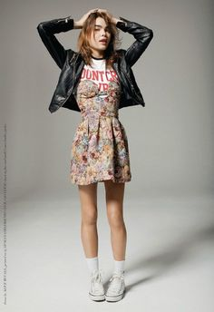grunge up a floral dress/ skirt with a sports tee, converse and leather