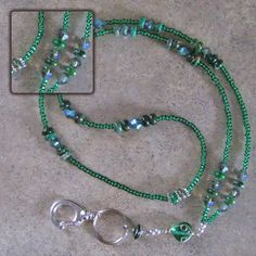 Emerald City Beaded Lanyard Wire Wrapped Jewelry, Beaded Jewelry, Handmade Jewelry, Lanyard Necklace, Diy Necklace, Rubber Band Bracelet, Beaded Lanyards, Jewelry Case, Beads And Wire
