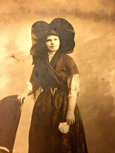 Vintage French Cabinet Card Photograph of Woman in a