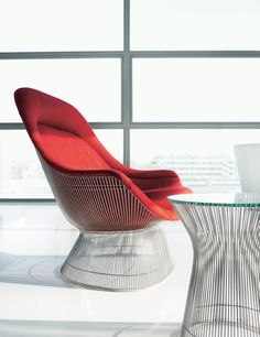 For the Lounge Lovers: The Platner Easy Chair