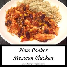 Slow Cooker Mexican Chicken- a spicy, slow cooked chicken dish, perfect for family meals and cooking in large batches for the freezer. Syn free on Slimming World and under 500 calories. Slow Cooker Chilli, Slow Cooker Recipes, Cooking Recipes, Healthy Recipes, Batch Cooking, Slow Cooking, Cooking Light, Healthy Dinners, Meat Recipes