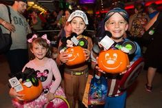 Mickey's Not-So-Scary Halloween Party Delivers Spooky Fun at Disney World