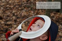 Exploring the sense of sight, one of the five senses, during a nature walk. Part one in the 5 senses series in the blog. Science fun for kids