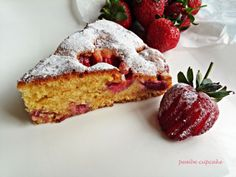 Kolay çilekli tart. http://www.pembecupcake.com/recipes/cilekli-kek/