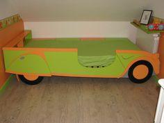 Lit d'enfant avec profil de voiture Instructions...