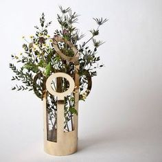 Shop Klong Fanny vas mässing stor from Designfirman Gamla Stan in Vases & pots, available on Tictail from kr Modern Home Interior Design, Nordic Interior, Green Carpet, Copper And Brass, Nordic Design, Wall Hanger, Wow Products, Cool Gadgets, Candlesticks