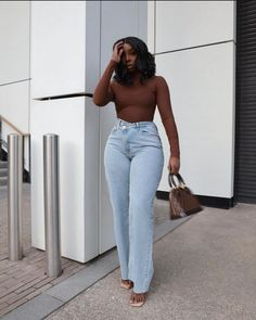 Exclusive Shoes, Aesthetic Fashion, African Fashion, Fashion Forward, Vintage Inspired, Mom Jeans, Dress Up, Style Inspiration, Outfits