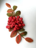 Gallery.ru / Фото #6 - Рябина - Fyyfvbwrtdbx1957 Brazilian Embroidery Stitches, Types Of Embroidery, Learn Embroidery, Ribbon Embroidery, Textile Jewelry, Fabric Jewelry, Wet Felting, Needle Felting, Felt Flowers