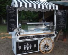 Ice Cream Stand, Ice Cream Cart, Food Cart Design, Food Truck Design, Carros Vintage, Bike Food, Food Kiosk, Candy Cart, Kiosk Design