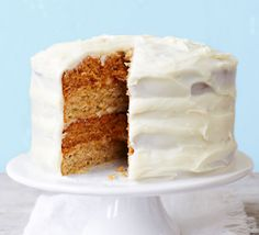 Allotment cake: Carrot cake meets courgette cake in this ultimate layered vegetable bake - smother in buttery cream cheese icing and finish with chopped nuts Delicious Cake Recipes, Bbc Good Food Recipes, Baking Recipes, Sweet Recipes, Yummy Treats, Sweet Treats, Veggie Cakes, Vegetable Cake, Cupcakes