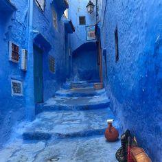 فــي ههذه اللحظات وبـعــيدا عـن كــل شــيء افتقدك وبـشـده ازرقي Blue Blu Blue Blue Nails Instagram Posts