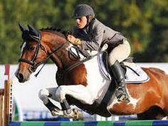 Amanda Wilson riding Showtym Viking in '' Pony of the year ''