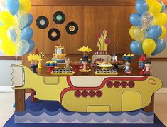 Festa Beatles com Yellow Submarine! Beatles Birthday Party, First Birthday Parties, Birthday Party Themes, Birthday Fun, Kid Parties, Birthday Board, Birthday Ideas, Festa Rock Roll, Festa Yellow Submarine